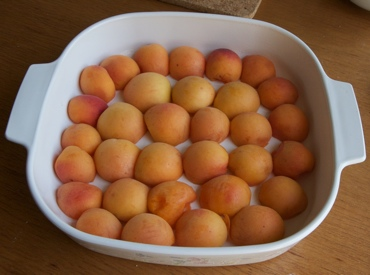 halved apricots in dish