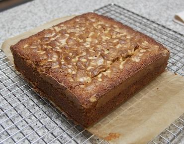Orange grits cake